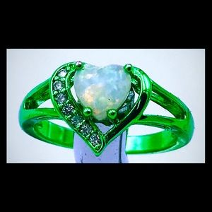 Jewelry - Green Rhodium plated synthetic opal and quartz